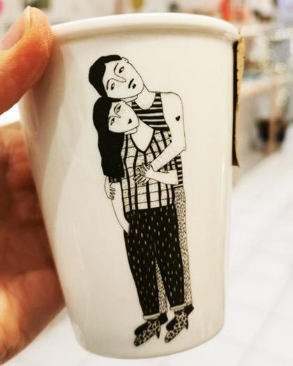 KAQOTY_HUG_2